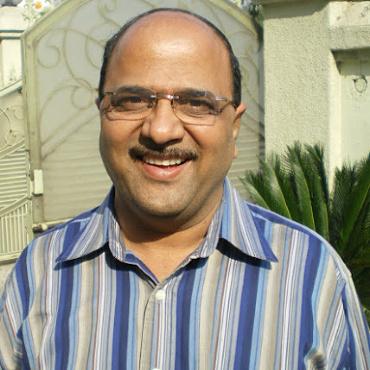 Dr Sunil Joshi